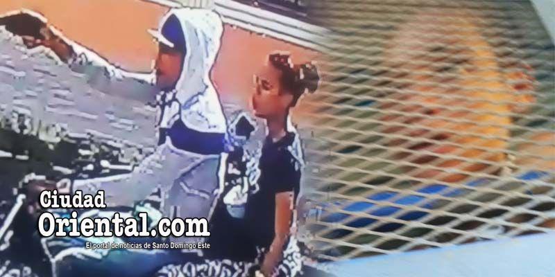 Cristian Leandro Tejeda y La Pichi cuando asaltaban a dos personas en SDE