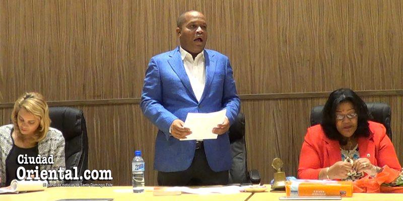 Photo of Vice Presidente del Ayuntamiento revela porqué las gasolineras no quieren hacer negocios con el ASDE