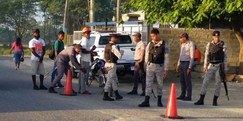 Photo of PN informa apresa 40 individuos con antecedentes penales en SDE