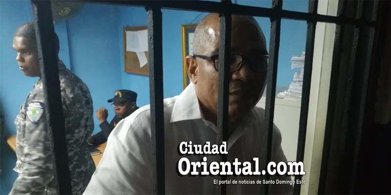 """Photo of Foto del regidor Soto Lara preso por orden de una fiscal que """"cogió cuerda"""""""