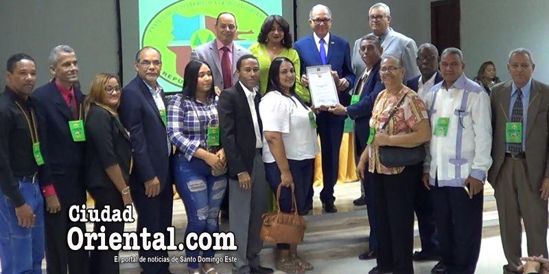 Photo of La Cooperativa La Trinitaria, de Los Tres Brazos, recibe su decreto de incorporación