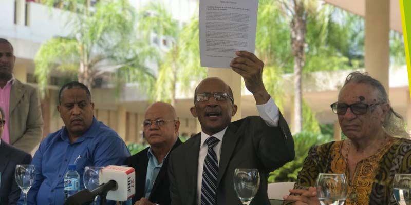 Photo of Nino Feliz: campaña suntuosa y millonaria daña la imagen de la UASD