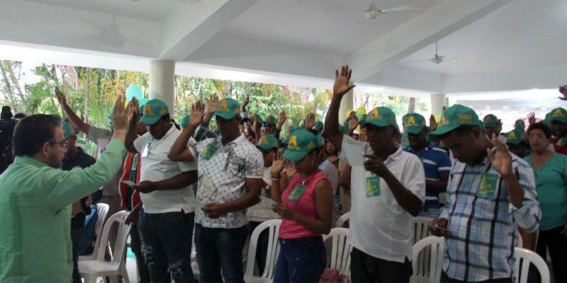Photo of Alianza País juramenta nuevos afiliados