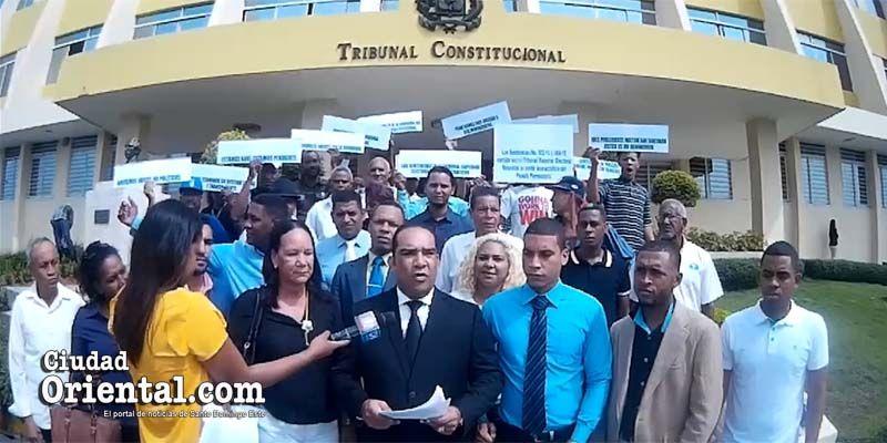 Photo of Persio Rodríguez se planta frente al TC en reclamo contra Miguel Vargas Maldonado + Vídeo