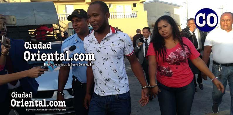Photo of Imponen un año de prisión preventiva a dos acusados asalto Banco Popular del Isabelita