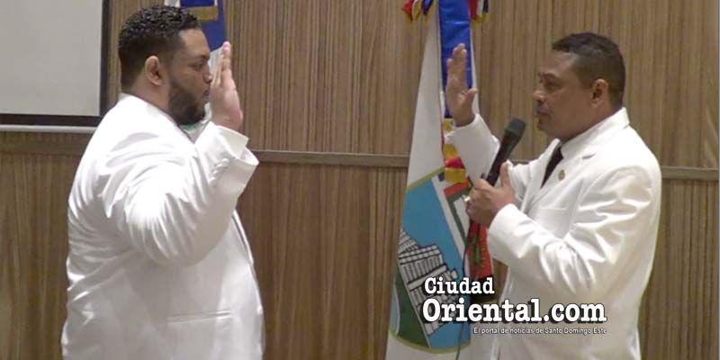 Photo of Un concejal que se la pasa chateando en la Sala Capitular es el nuevo Vice Presidente del Concejo de Regidores