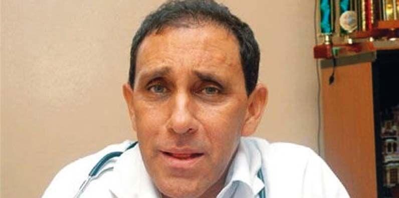 Photo of Interponen querella al doctor Cruz Jiminián por presunta Violación de Propiedad y Ley Medio Ambiente