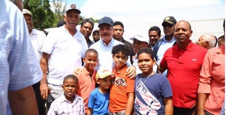 Photo of Danilo constata impacto proyectos surgidos de Visitas Sorpresa en Barahona, San Juan y Azua