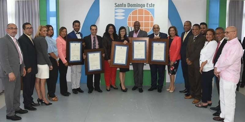 Photo of ASDE reconoce personalidades por sus aportes a R. Dominicana