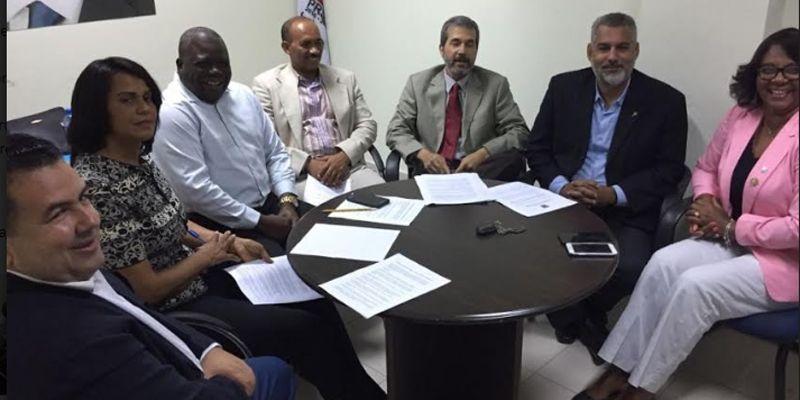 """Photo of Regidores Frente Amplio califican de """"pálido, vacio y mal estructurado"""" discurso del alcalde SDE"""