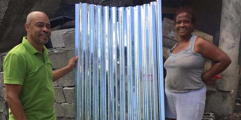 Photo of Gobernación de Santo Domingo entrega electrodomésticos y enseres del hogar