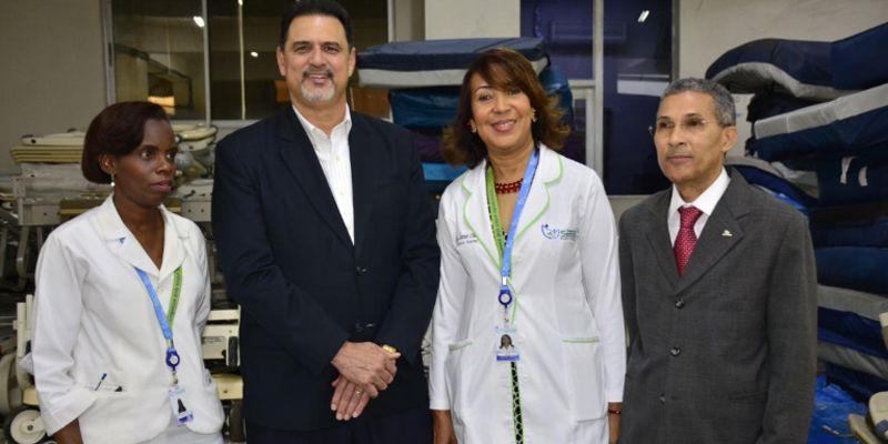 Photo of Hospital SEMMA Santo Domingo Recibe donativo