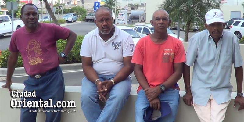 Photo of Obreros ASDE denuncian tienen cuatro meses trabajando sin que les paguen salarios + Vídeos