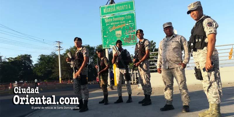 Photo of El Gobierno despliega el ejército en medio del paro en puntos estratégicos de SDE + Fotos