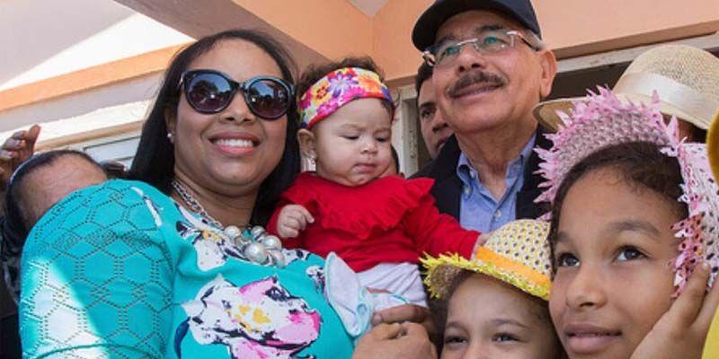 Photo of Danilo Medina mejorará y aumentará producción de ganaderos de Dajabón y evalúa construcción Presa Río Guayubín, en Sabaneta