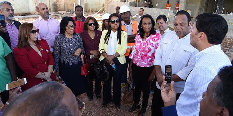 Photo of Diputados ponen en la mira el caso de la envasadora de GLP Rojo Gas + reacción de Plinoo Llaverías -Vídeo