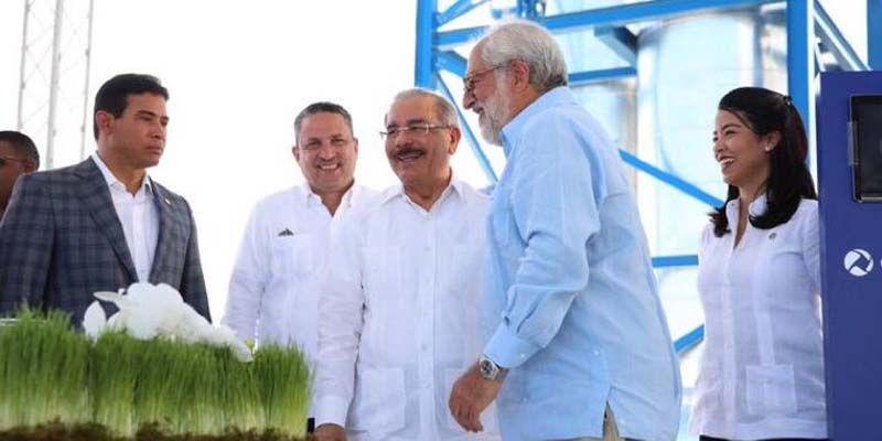 Photo of Presidente Danilo Medina asiste a inauguración nuevas instalaciones Consorcio Energético Punta Cana-Macao