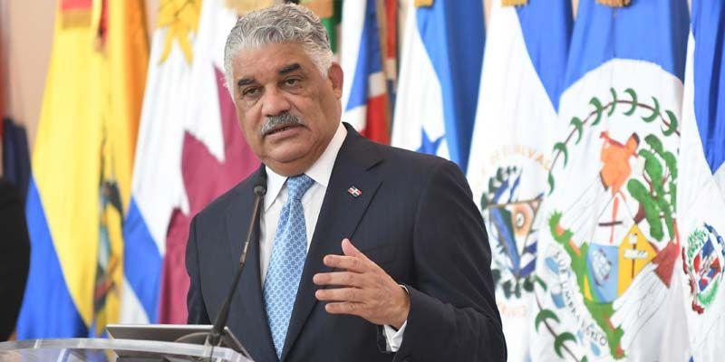 Photo of Miguel Vargas provocó que al gobierno dominicano le creciera la nariz, como a Pinocho