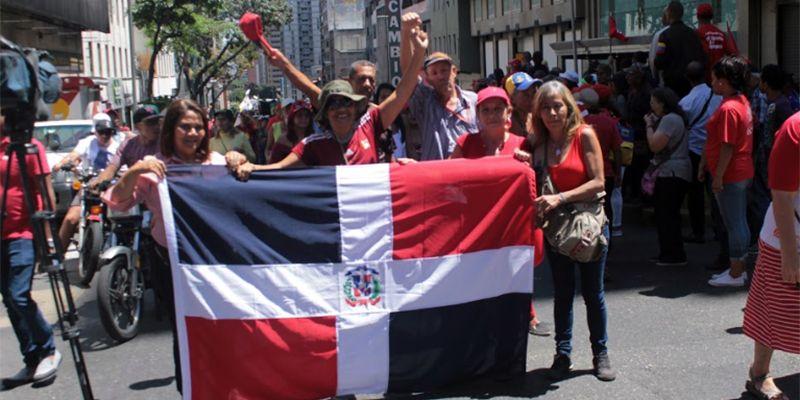Photo of Venezuela en paz, el pueblo movilizado la defiende y proclama