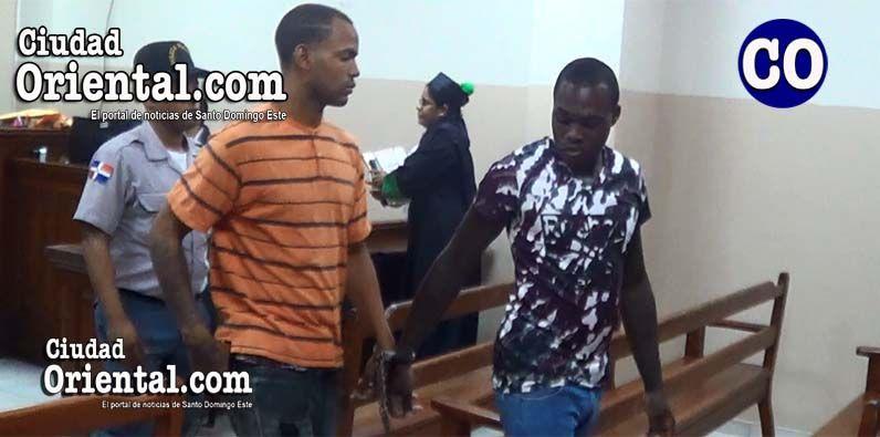 Photo of Imponen condenas de 20 años de prisión a dos hombres mataron motoconchista en Los Mina