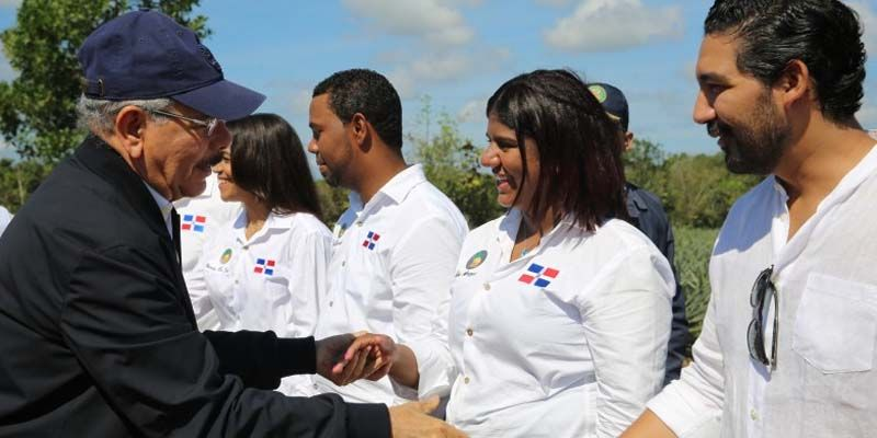 """Photo of Danilo Medina muestra en Monte Plata la """"encarnación de mis ideas en la campaña electoral"""""""