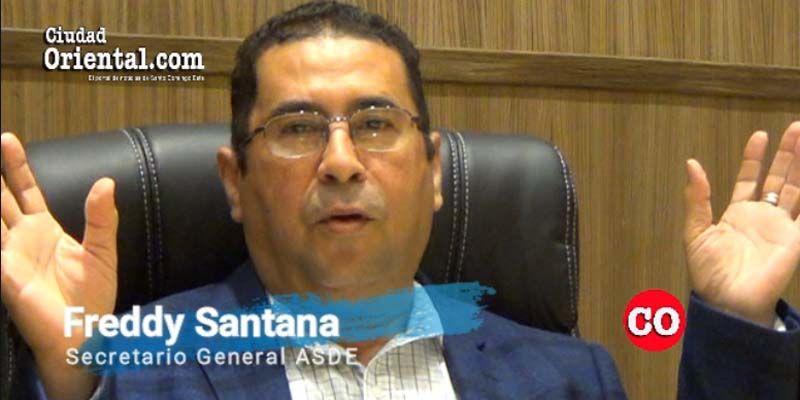 Photo of Freddy Santana revela quién paga para llevar la claque a hacer proselitismo en los actos oficiales del ASDE + Vídeo