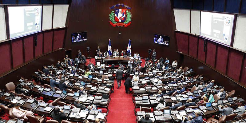 Photo of Diputados convierten en ley acuerdo que exonera de visa para viajes de turismo y de negocio a Brasil