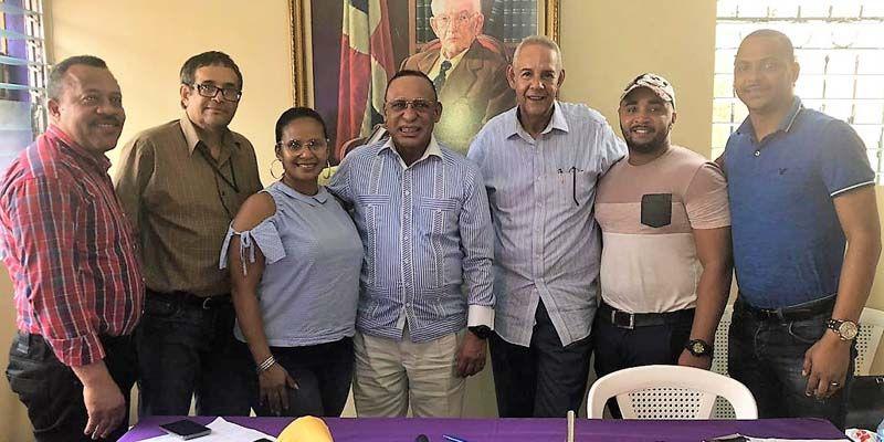 Photo of Ex diputado Arismendy Bautista inscribe candidatura a la Alcaldía por Santo Domingo Este