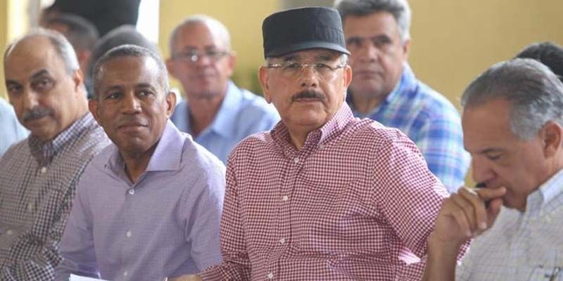 Photo of #VisitasSorpresa 254: Danilo Medina apoya productores aguacate de Bohechio