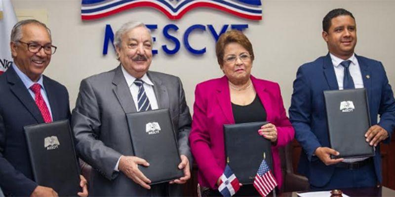 Photo of ITSC realiza acuerdo con el MESCYT y la Metropolitan International University
