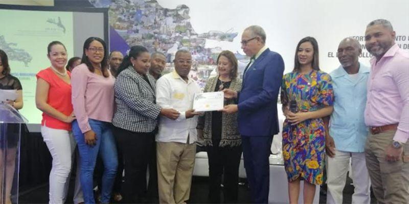 Photo of FEDODIM, Junta Municipal de San Luis entre los mejores del ranking SISMAP