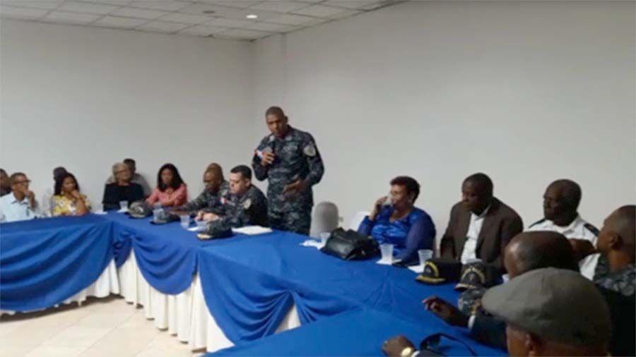 Photo of Comandante PN afirma comunitarios son indispensables para fortalecer seguridad ciudadana