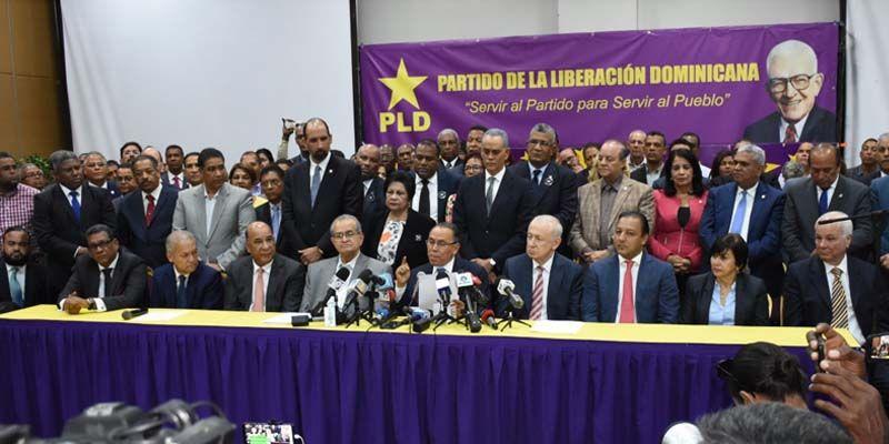 """Photo of Leonelistas advierten: """"En defensa de la Constitución, todo; en contra de la Constitución nada"""""""