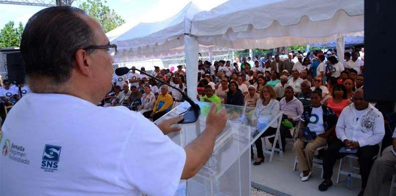 """Photo of SeNaSa y SNS celebran en Azua segundo aniversario estrategia nacional """"Círculos Comunitarios de Salud"""""""