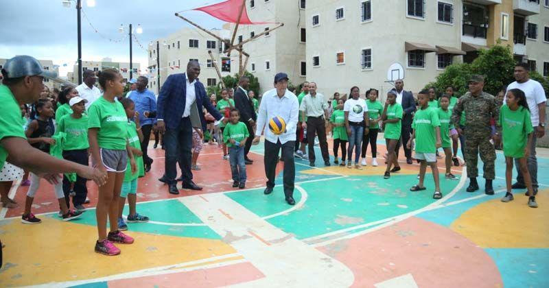 Photo of Ministro Montalvo anuncia complejo deportivo Ciudad Juan Bosch en acto de inicio primeros juegos del proyecto