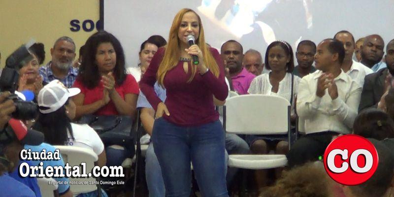 Photo of Katy Báez pide calma a sus seguidores; está dispuesta a dar batalla por la Alcaldía