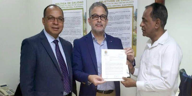 Photo of PRD entrega registro de su dirigencia ante JCE y Juntas Municipales Electorales