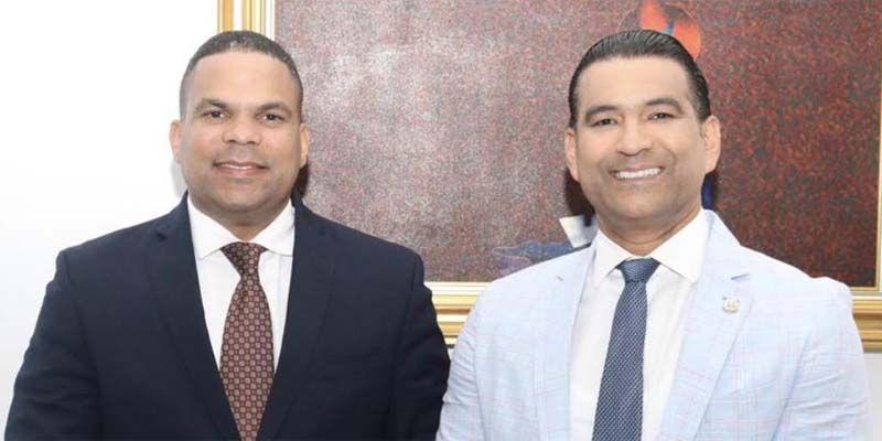 Moisés González (i) y Luis Alberto Tejeda