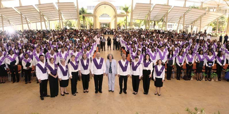 Photo of Región Sur recibe 224 maestros formados de forma integral en ISFODOSU