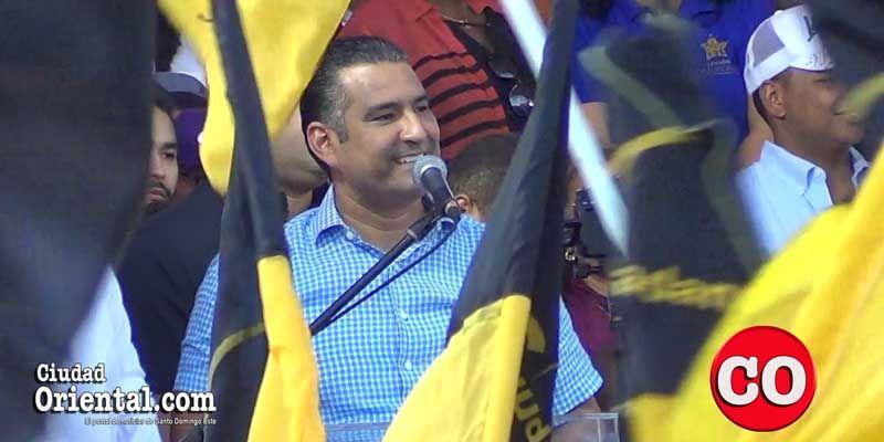 Photo of Luis Alberto Tejeda se da su primer gran baño de masas en la actual campaña electoral + Vídeo