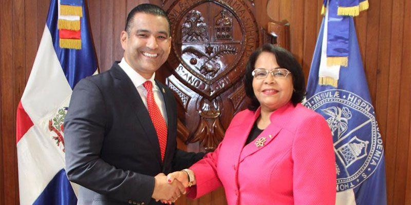 Photo of Luis Alberto Tejeda y Rectora de la UASD  pasan revista a solicitud construcción Ciudad Universitaria