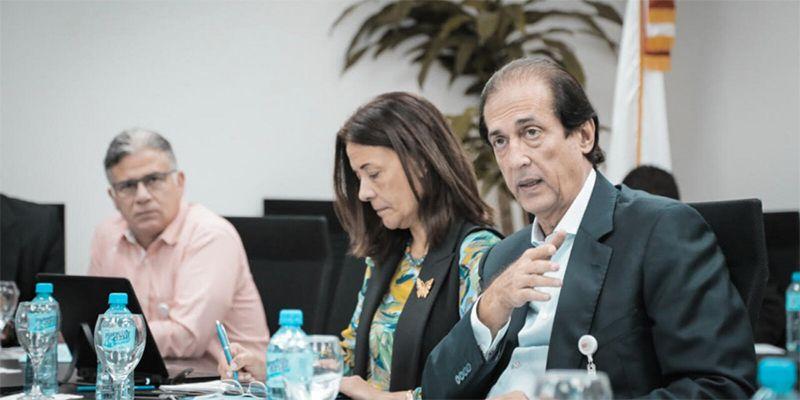 Photo of Ministro de la Presidencia, Gustavo Montalvo, anuncia más de 7 mil becas para jóvenes de la provincia de Santiago