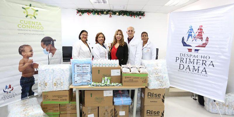 Photo of Despacho de la Primera Dama aporta medicamentos y diversos productos a pacientes de la Maternidad de Los Mina