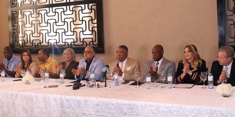 Photo of Candidatos alcaldes del Gran SD y el DN de la Fuerza del Pueblo y Partidos aliados firman acuerdo de mancomunidad