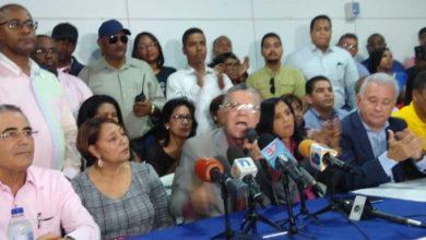 Photo of Manuel Jiménez extiende ramo de olivo a sus adversarios