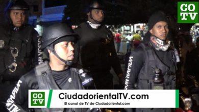 Photo of Los policías salieron a las calles a cuidar la vida de los demás… pero, ¿Quién y cómo cuida la de ellos? + Vídeo