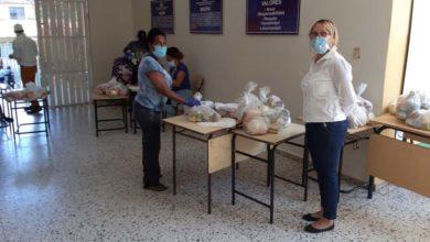 Photo of MINERD resalta organización y muestras de civismo en las entregas de kits alimenticios que realiza el INABIE