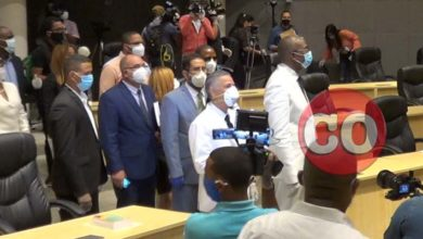 Manuel Jiménez y Alfredo Martínez entran a la Sala capitular donde no los esperó ni un solo regidor