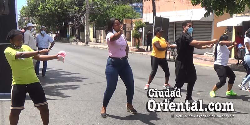 Parte del escaso público que asistió a la convocatoria de Manuel Jiménez en la Sabana Larga