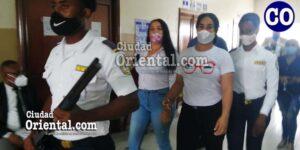 Las dos imputadas en custodia policial.